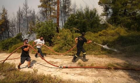 Φωτιές: Τεράστια ανταπόκριση στη συγκέντρωση ειδών πρώτης ανάγκης προς τις πυρόπληκτες περιοχές