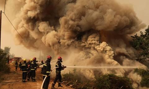 Φωτιές: Ανησυχία για τις αναζωπυρώσεις σε Εύβοια και Γορτυνία -  Μετρούν τις πληγές τους οι κάτοικοι