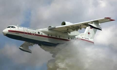 Российские Бе-200 и Ил-76 тушат лесные пожары на полуострове Пелопоннес