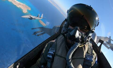 Τι δεν καταλαβαίνετε; Οι Τούρκοι βοηθούν στις ελληνικές πυρκαγιές με... F-16!