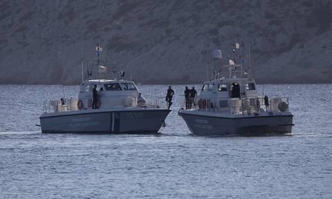 Μήλος: Βυθίστηκε θαλαμηγός με 17 επιβαίνοντες – Μεγάλη επιχείρηση διάσωσης