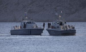 Μήλος: Βυθίστηκε θαλαμηγός με 18 επιβαίνοντες – Μεγάλη επιχείρηση διάσωσης