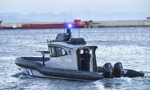 Μήλος: Βυθίστηκε θαλαμηγός με 18 επιβαίνοντες - Τι λέει στο Newsbomb.gr ο δήμαρχος του νησιού