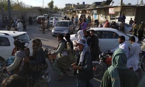 Έρχεται νέα μεταναστευτική κρίση λόγω Αφγανιστάν: Προειδοποιήσεις και από την Ελλάδα