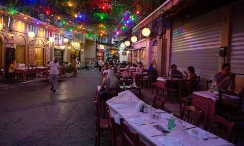 Κορονοϊός: Η μετάλλαξη «Δέλτα» αλλάζει τα δεδομένα - «Καμπανάκι» για δύσκολο Φθινόπωρο