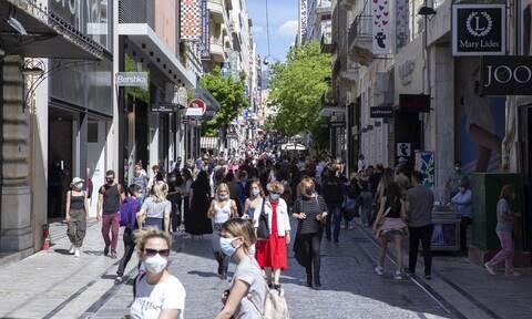 ECDC: Ποιες περιοχές της Ελλάδας παραμένουν στο «βαθύ κόκκινο»