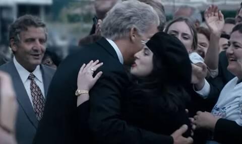 Μπιλ Κλίντον: Το «σκάνδαλο Λεβίνσκι» αναβιώνει στη μικρή οθόνη - Αποκαλυπτικό το πρώτο τρέιλερ
