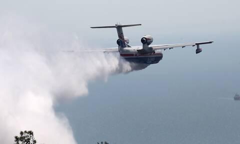 Ξένα αεροσκάφη και οχήματα στα πύρινα μέτωπα: Σύγχρονα μέσα στη μάχη με τις φλόγες
