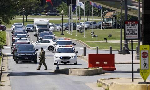 ΗΠΑ: Άρση αποκλεισμού στη στρατιωτική βάση στην Ουάσινγκτον