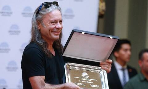 Iron Maiden: Θετικός στον κορονοϊό ο Μπρους Ντίκινσον