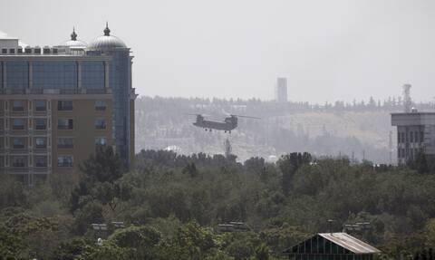 Αφγανιστάν: Οι Ταλιμπάν μπαίνουν στην Καμπούλ- Ελικόπτερα στην πρεσβεία των ΗΠΑ