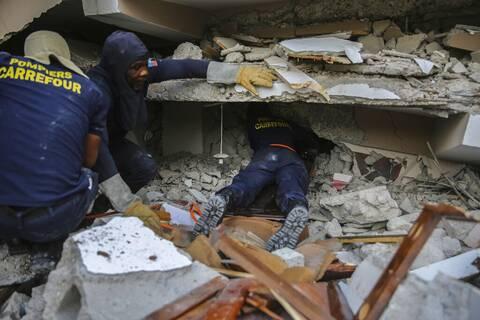 Φονικός σεισμός στην Αϊτή: Στους 724 οι νεκροί