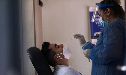 Νέα έρευνα που αφορά την εξέταση των εμβολιασμένων όταν έχουν έρθει σε επαφή με κρούσμα