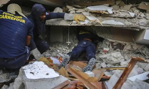 Σεισμός στην Αϊτή: Η χώρα θρηνεί τουλάχιστον 1.300 νεκρούς - Οι τραυματίες είναι πάνω από 5.700