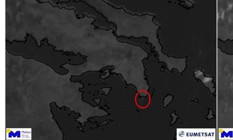 Φωτιά στην Κερατέα: Ορατός από το διάστημα ο καπνός - Συγκλονιστικές εικόνες