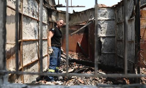 Φωτιά Βαρυμπόμπη: «Κάνω όνειρα μέσα στα κάρβουνα»