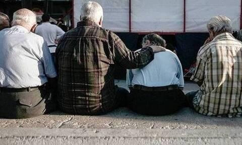Σε εφιάλτη έχει μετατραπεί για τους συνταξιούχους η υπόθεση καταβολής των αναδρομικών.