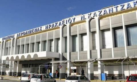 Ηράκλειο: Χαμός στο αεροδρόμιο «Καζαντζάκης» - Τουρίστας άρχισε να τρέχει στον αεροδιάδρομο