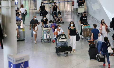 ΥΠΑ: Παγιώνεται η άνοδος στη διακίνηση επιβατών και στις αφίξεις από το εξωτερικό
