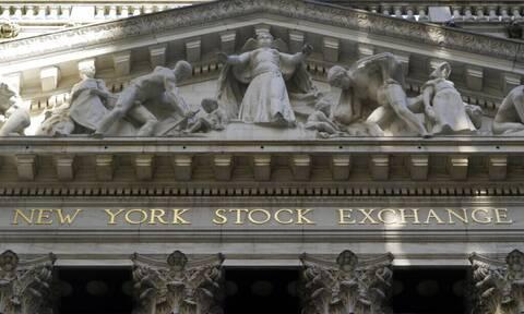 ΗΠΑ: Κλείσιμο με πτώση στη Wall Street - Τέλος στο πενθήμερο ανοδικό σερί του Dow Jones