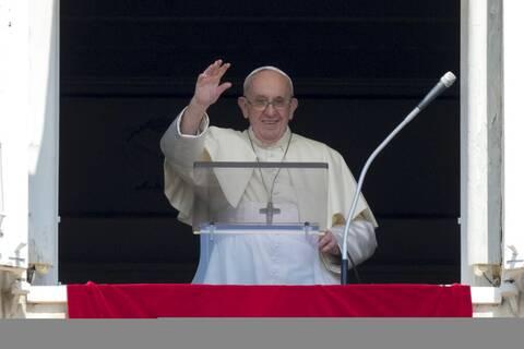 Βατικανό: «Πράξη αγάπης» χαρακτηρίζει τον εμβολιασμό κατά του κορονοϊού ο Πάπας Φραγκίσκος