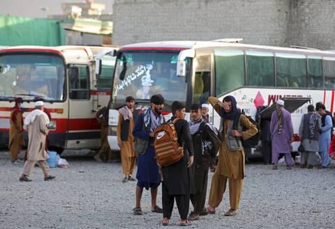 Ελβετία: Όχι σε υποδοχή μεγάλων ομάδων Αφγανών προσφύγων απευθείας από το Αφγανιστάν