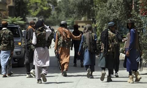 Αφγανιστάν: Βία και αίμα στην Τζαλαλαμπάντ - Διαδηλώσεις κατά των Ταλιμπάν
