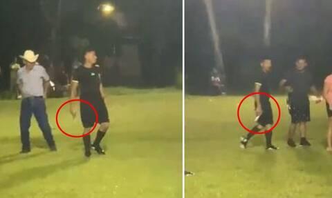 Βίντεο σοκ: Διαιτητής βγάζει όπλο για να αποφύγει εξαγριωμένους οπαδούς και παίκτες (video)