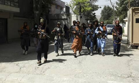 Αφγανιστάν: Αρκετοί νεκροί μετά από πυροβολισμούς των Ταλιμπάν σε πορεία