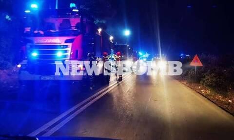 Φωτιά στα Βίλια: Αγωνία για τέταρτη νύχτα - Συνεχίζεται η ηρωική μάχη των πυροσβεστών με το μέτωπο