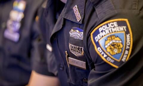 Κορονοϊός - ΗΠΑ: Οδηγία προς τους αστυνομικούς της Νέας Υόρκης - Εμβολιαστείτε ή φορέστε μάσκα