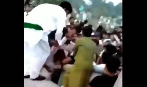 Σάλος στο Πακιστάν από το βίντεο με τη σεξουαλική επίθεση εκατοντάδων ανδρών σε μια γυναίκα