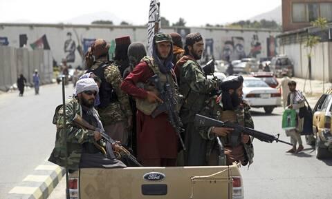 Αυτό είναι το πραγματικό πρόσωπο των Ταλιμπάν: Βασανιστήρια, εκτελέσεις, απαγχονισμοί