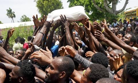 Αϊτή: Από τους αιμοσταγείς δικτάτορες των «βουντού», στην εισβολή των ΗΠΑ και τα φονικά Ρίχτερ