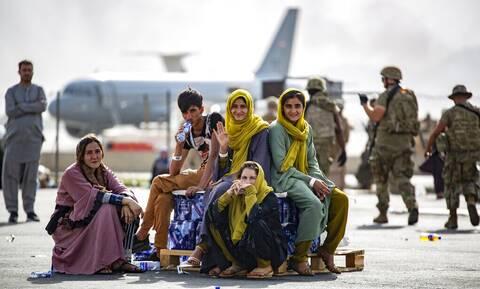 ΗΠΑ: Συνεχίζονται έπειτα από πολύωρη διακοπή οι επιχειρήσεις απομάκρυνσης από την Καμπούλ