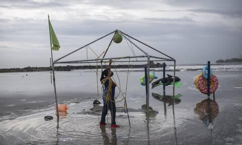 Μεξικό: Ο κυκλώνας «Γκρέις» ενισχύθηκε στην Κατηγορία 3, απειλεί ξανά τη χώρα