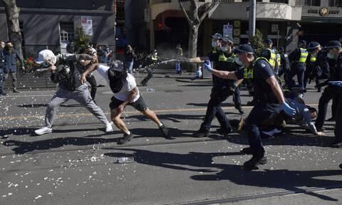 Κορονοϊός - Μελβούρνη: Μεγάλο συλλαλητήριο κατά του lockdown - Επεισόδια και συλλήψεις