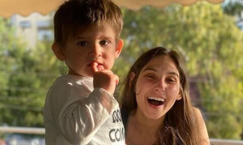 Φωτεινή Αθερίδου: Ο γιος της σε ρόλο καπετάνιου - Δείτε φώτο
