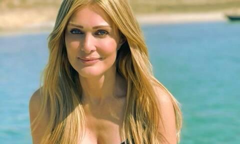 Η 26χρονη κόρη της Θεοδωρίδου είναι κούκλα: Δες τη με καυτό μαγιό στο Insta