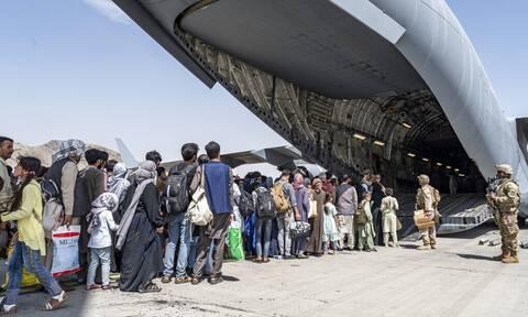 Αφγανιστάν: Τρεις φορές μέσα σε 70 χρόνια έχουν επιβάλει επίταξη πολιτικών αεροσκαφών οι ΗΠΑ