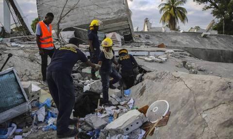 Η Ελλάδα στέλνει βοήθεια 100.000 ευρώ στους σεισμόπληκτους της Αϊτής