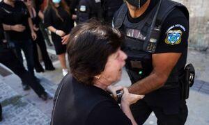 Έγκλημα στη Μεσαρά: Τραγικές φιγούρες μητέρα και σύζυγος του θύματος - Σοκάρουν όσα είπε ο δράστης