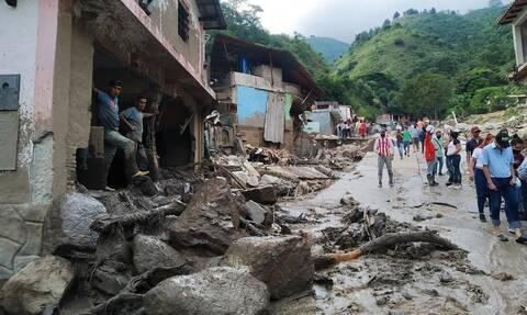 Βενεζουέλα: Οι καταρρακτώδεις βροχές στοίχισαν τη ζωή σε τουλάχιστον 20 ανθρώπους