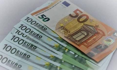Πάγιες δαπάνες : Πληρώθηκαν ήδη φόροι 32 εκατ. ευρώ με τα πιστωτικά «κουπόνια»