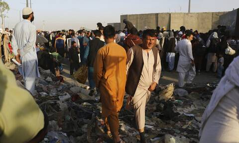 Αφγανιστάν: Φόβος για χτύπημα του ISIS στο αεροδρόμιο της Καμπούλ – Συναγερμός και στους Ταλιμπάν