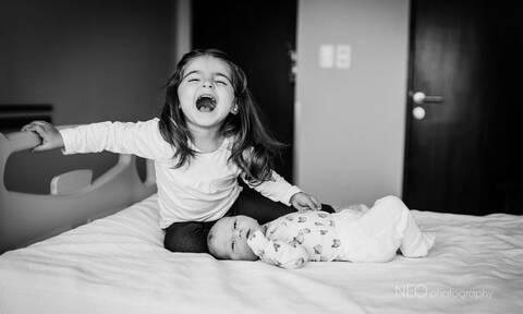 Όταν τα παιδιά συναντούν τα νεογέννητα αδέρφια τους - Μοναδικές φώτο