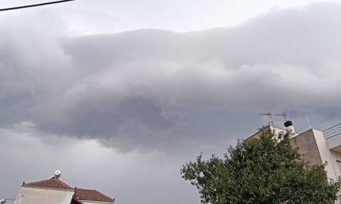 Σφοδρή καταιγίδα σάρωσε τη Θεσσαλία (videos)