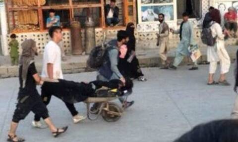 Αφγανιστάν: Το ΝΑΤΟ και η ΕΕ καταδικάζουν την τρομοκρατική επίθεση στο αεροδρόμιο της Καμπούλ