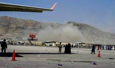 Αφγανιστάν: Τουλάχιστον 50 τραυματίες από τις βομβιστικές επιθέσεις στο αεροδρόμιο της Καμπούλ