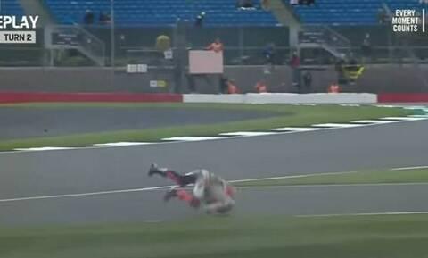 MotoGP: «Τρόμαξαν» με Μάρκεθ – Άσχημη πτώση με ταχύτητα 270 χλμ/ώρα (video)